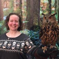 Coral holding a Eurasian eagle owl